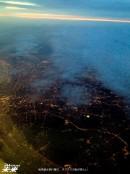 後発組は飛行機で。ダグラスの街が美しい