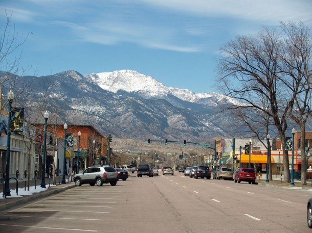 1024px-Downtown_Colorado_Springs_3_by_David_Shankbone